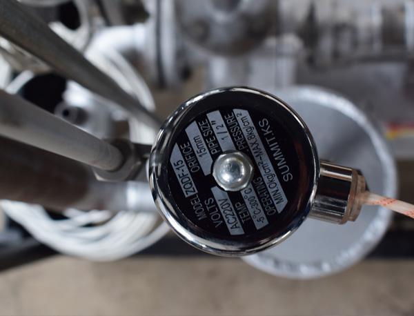 模温机电动调节阀和气动调节阀的区别
