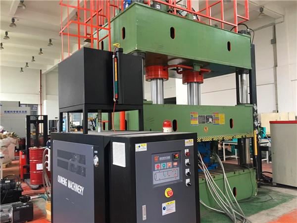 玻璃钢复合材料模温机 (3)