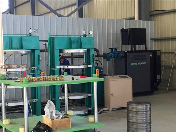 橡胶硫化机如何选配加热