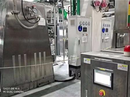 新能源迅猛发展,锂电双锥回转真空干燥机发展面临哪些难题?