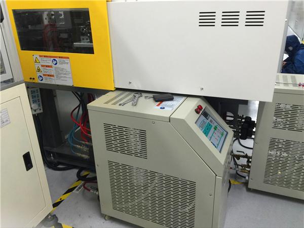 高温水温机应用注塑机