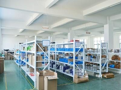 欧能机械:仓库环境
